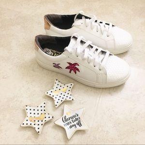 Circus by Sam Edelman white sneakers 6.5